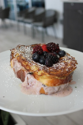 stuffed frnch toast berries fort lauderdale